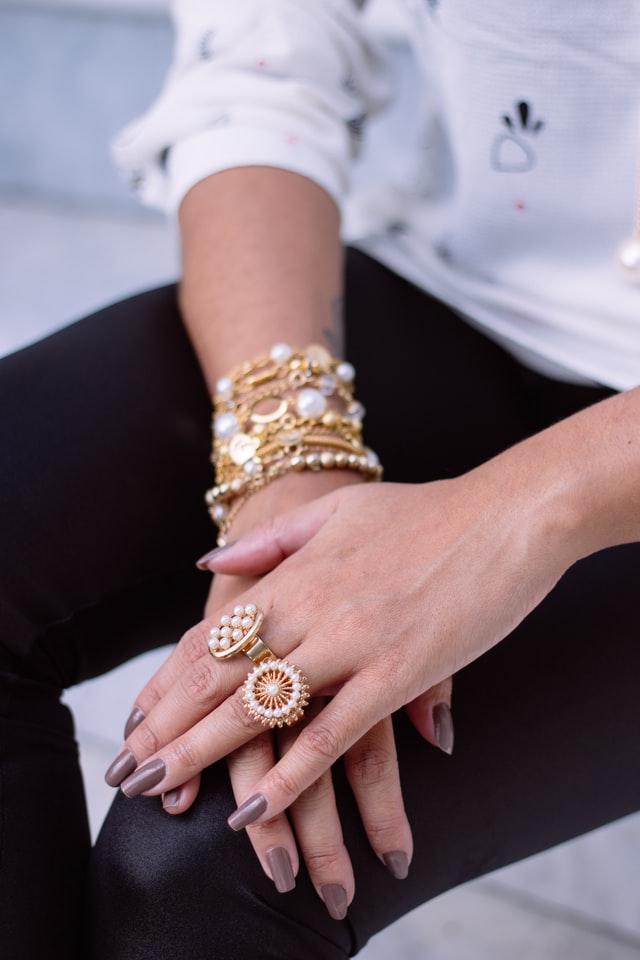 Profitez de la beauté des bijoux artisanaux